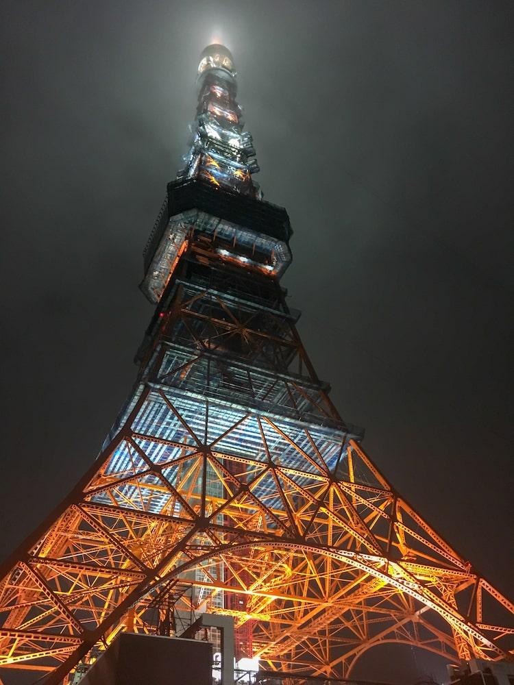 Foto semplice tokyo tower - Come fare foto belle con Iphone